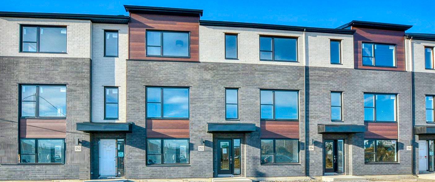 maison-modèle à visiter à sainte-thérèse construction neuve maison à vendre